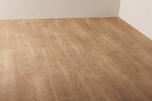 Laminate 2 white oak