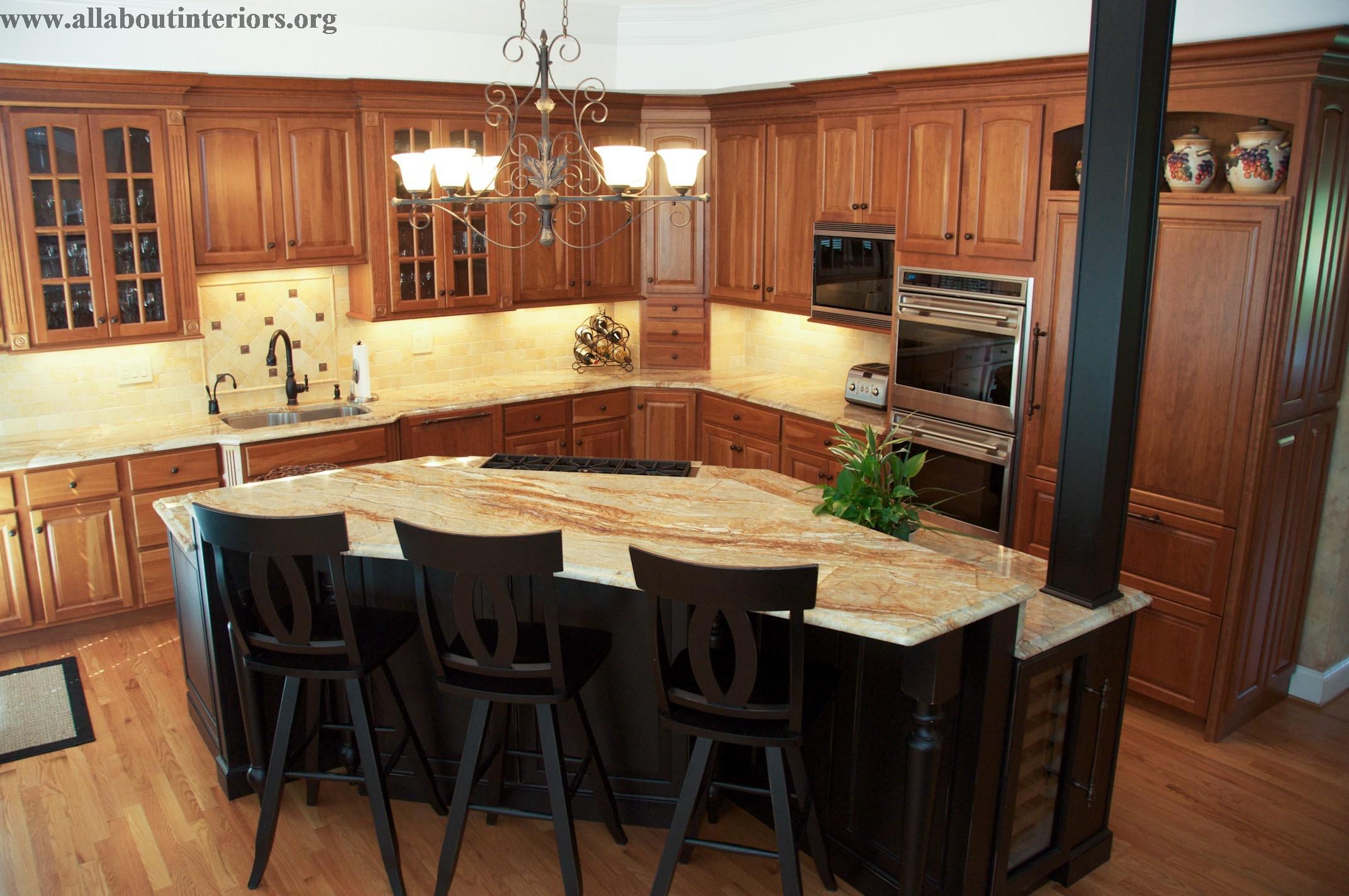 Deluzio Kitchen cabinets