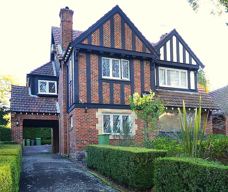 (1)Old_English_style_house_Killara-1