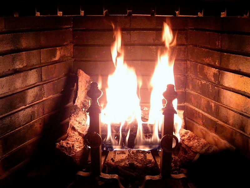 800px-Fireplace_Burning