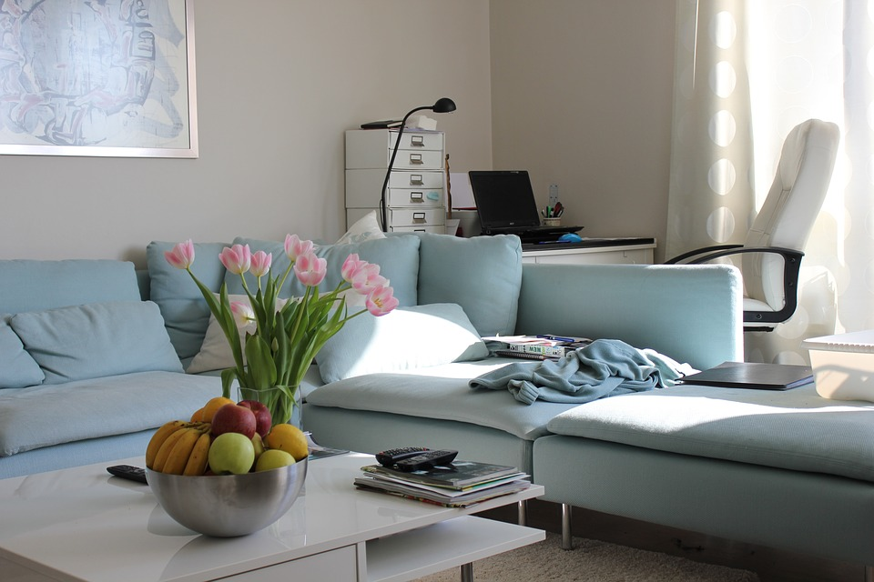 Playful ways to brighten neutral color themes