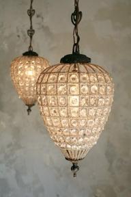 antique-reproduction-teardrop-versailles-chandelier-frenchgardenhousedotcom