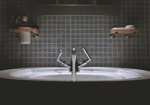 Water Tiles Tap Sink Backsplash Bathroom Faucet