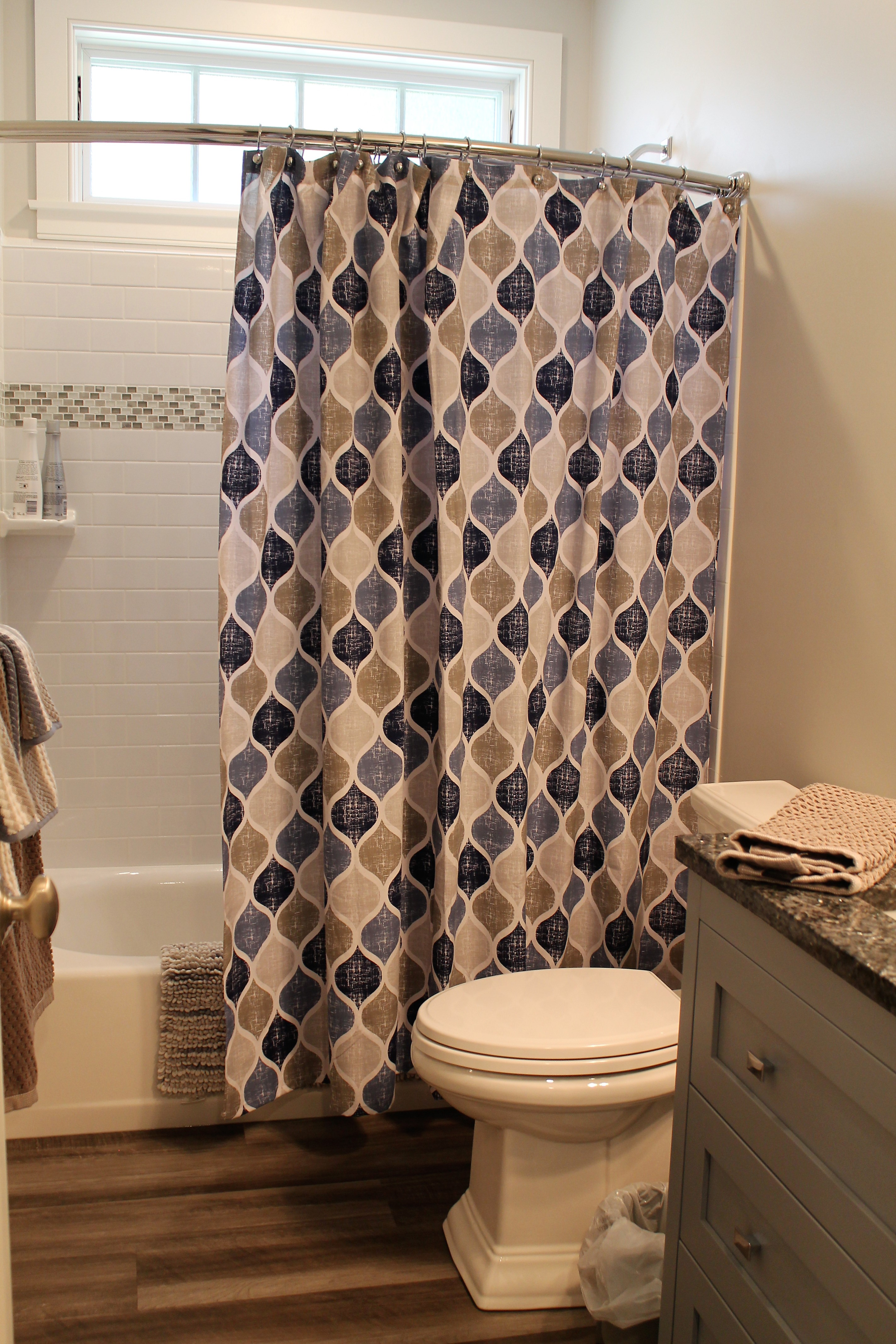 8 Interior Designing Tips To Make A Small Bathroom Beautiful All About Interiors